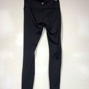 Lululemon wunder under low rise pants black Sz 4
